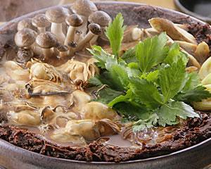 広島風 牡蠣の土手鍋