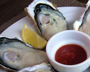 生牡蠣を美味しく!(カクテルソース)