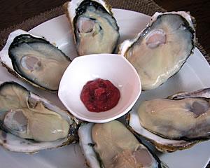 生牡蠣を美味しく!(梅しそソース)